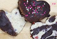 Vegan Goji-Chocolate Chip Cookies