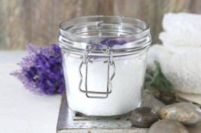 DIY AROMATHERAPY RECIPES: Relaxing Lavender Bath Soak